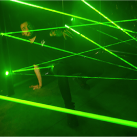 "Labyrinthe laser ""mission impossible"""